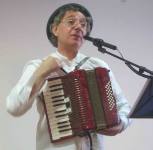 Juan Carlos Mestre.