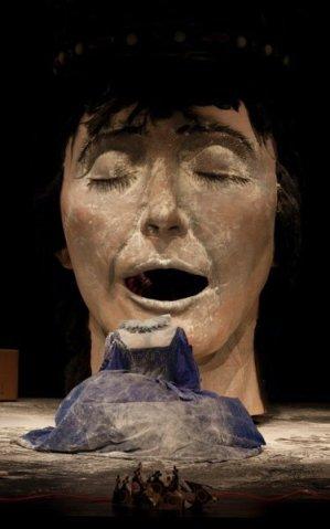 'Mademoiselle Monarquía', de La Pezera Teatro.