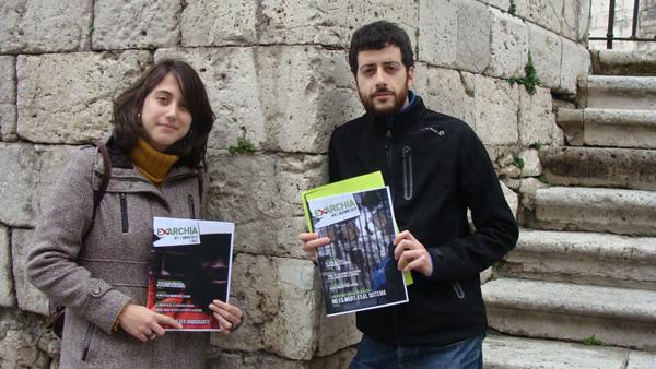 Esther Martín y Felipe Pollino, redactores de la revista Exarchia. Foto: L. Fraile.