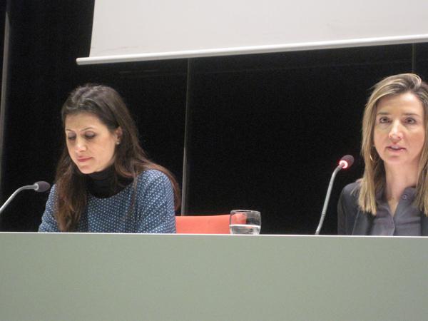 Eva González-Sancho y la consejera de Cultura y Turismo de la Junta, Alicia García. Foto: E. Otero.