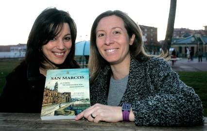 Tania López y Silvia Gallo, autoras del libro. Fotografía de Carlos S. Campillo