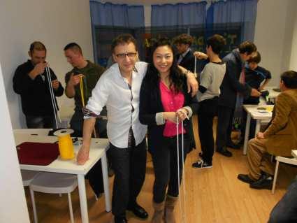 Juan Mayoral y Huang Zheng, en la academia de magia. Fotografía de Sergio Jorge