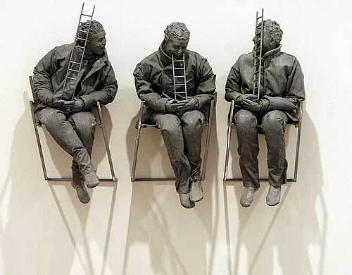 Escultura de Juan Muñoz.