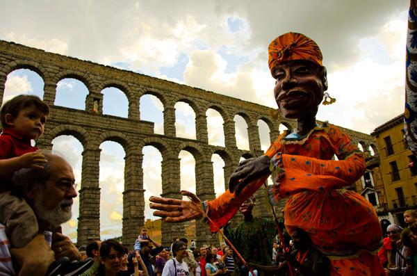 Marionetas de Boromo. Foto: Titirimundi.