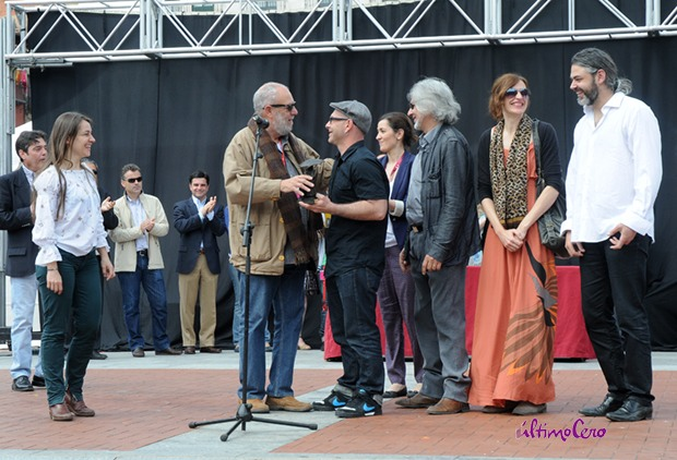 Rayuela Producciones y Freak Cabaret Circus, en la entrega de premios del TAC. Foto: Carlos Arranz.