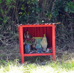 Uno de los altarcitos dedicados a San Expedito que pueblan la Isla de La Reunión.