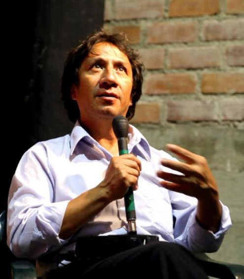 Arturo Mejía, director artístico de la compañía peruana Arena y Esteras.