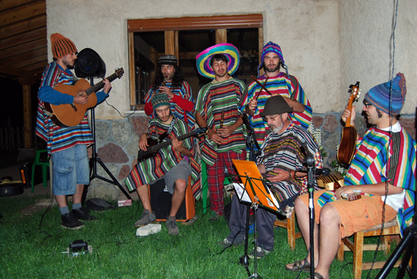'Incassette', el grupo andino de Almuzara.