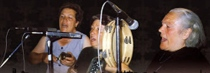 Tránsito Baz, Emilia Rodríguez y Manuela Moreira, de Villaseco del Pan (Zamora), en una foto de sus últimas actuaciones.