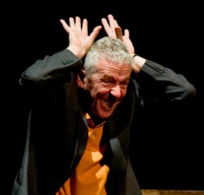 Imagen de 'Aquí va a pasar algo', de Zanguango Teatro.