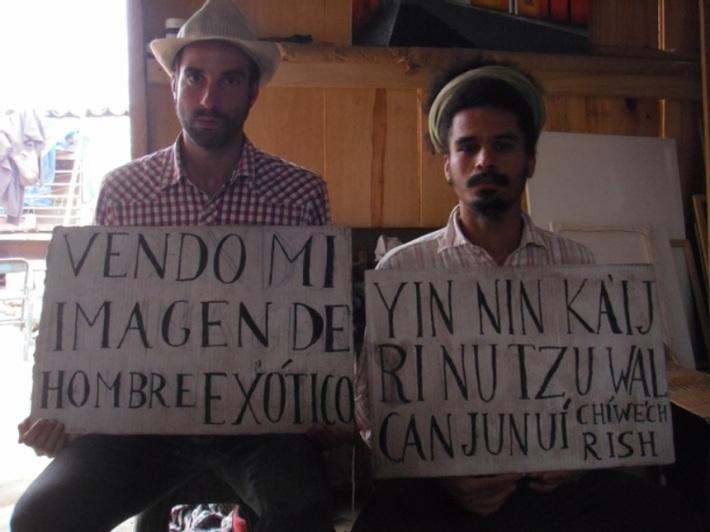 Juan José Santos con el artista Pablo Nazareth