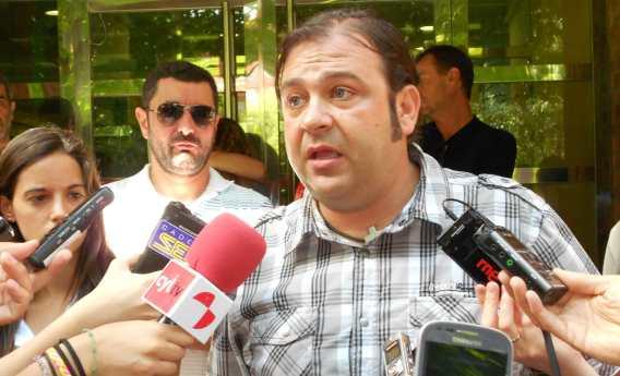 José Javier Porras, durante la rueda de prensa ofrecida este viernes. Fotografía de Sandra Charro