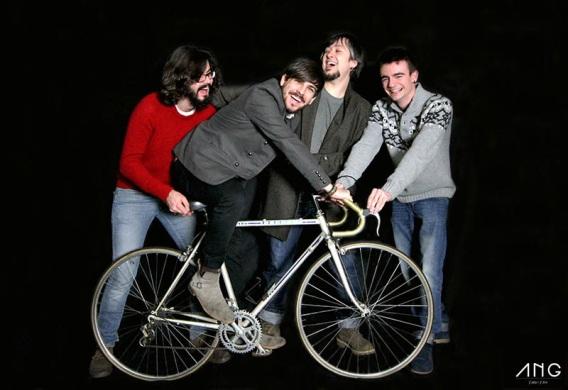 Integrantes del grupo Bicycle Thief. Foto: Ángela Ucio.