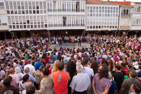 Público durante una actuación de Bowjanglers. Foto: AR.CA.