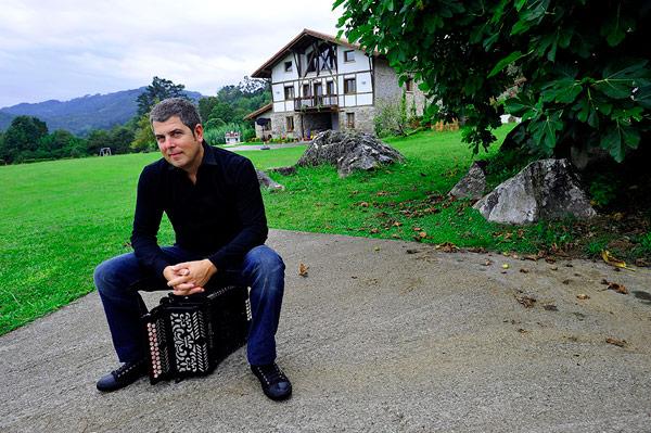 El bilbaíno Kepa Junkera. Foto: Santi Yaniz.