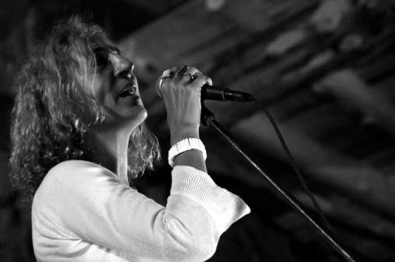 La cantante Cova Villegas.