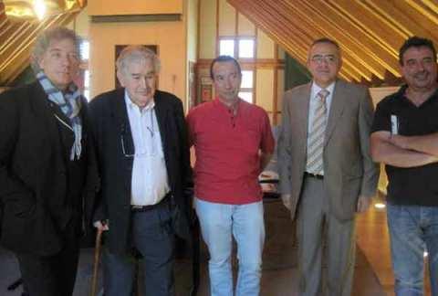 Juan Carlos Mestre, Antonio Gamoneda, Tomás Sánchez Santiago, Dionisio Domínguez y Juan Carlos Pajares. Fotografía de Eloísa Otero.