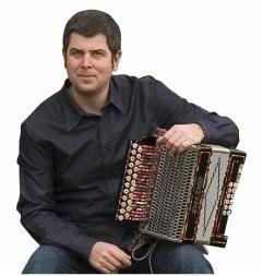 El acordeonista vasco Kepa Junkera. Foto: Deia.