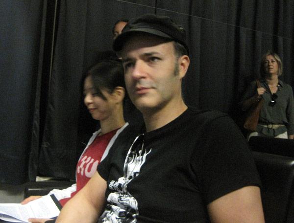 Los artistas Kaoru Katayama y Enrique Marty, durante la presentación.