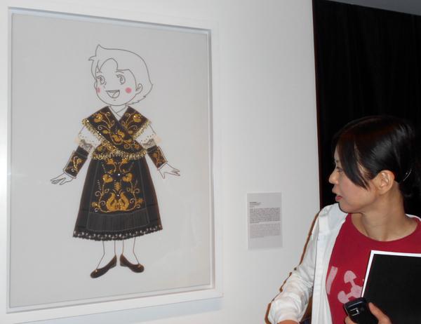 """Kaoru Katayama y su obra """"A girl from Salamanca"""". Fotografía: Eloísa Otero."""