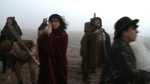 Imagen del comienzo de la película: Corsarios en la niebla.
