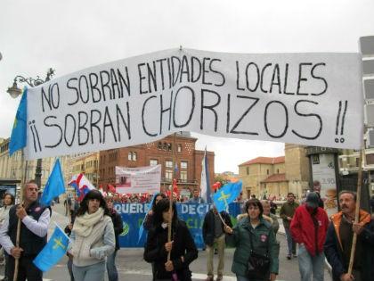 Haz un click para leer la noticia sobre la manifestación en defensa de las Juntas Vecinales en astorgaredacción.com