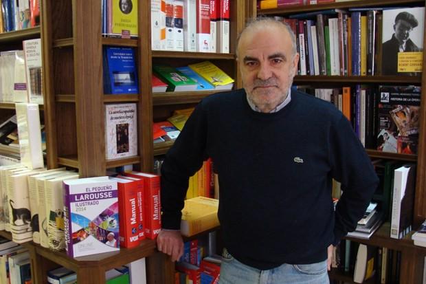 Miguel Jesús Sánchez, responsable de la librería Sandoval. Foto: L. Fraile.