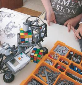 Talleres de Robótica, por Robotics León.