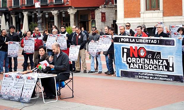 Rueda de prensa de la Plataforma Ciudadana en Defensa de las Libertades de Valladolid. Foto: últimoCero
