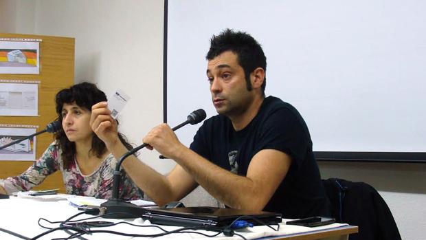 La periodista Rosa Martínez con Daniel García, integrante de Filantropófagos. Foto: L. Fraile.