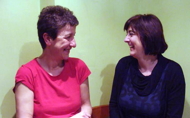 Susana Fú y Eva Tejero, narradoras orales de `Deseando´. Foto: L. Fraile.