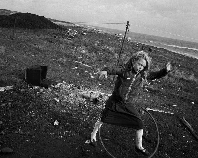 """Seacoal"" (Carbón del mar). © Fotografías de Chris Killip."