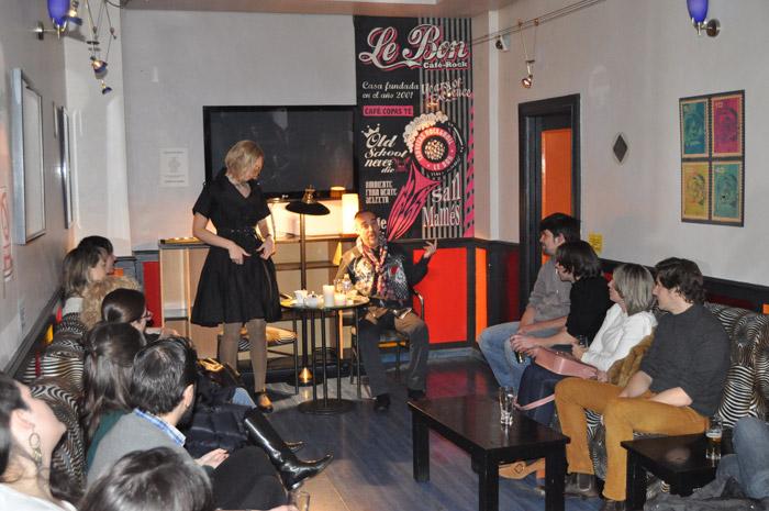 """"""" Latele Teatro"""", durante el estreno en Le Bon Café Rock. © Fotografía: E. López."""