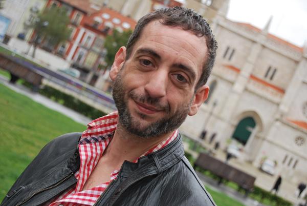 """Isaac Bravo, premio de la Unión de Actores de Castilla y León 2013 a mejor interpretación masculina, ex aequo con Carlos Tapia, por """"Seven Seconds"""". © Fotografía: I. M."""
