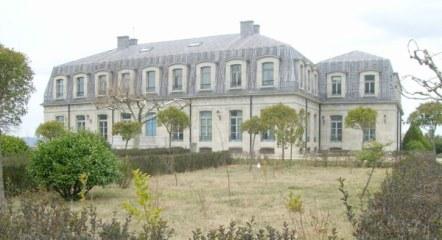 Vista lateral posterior del Palacio.