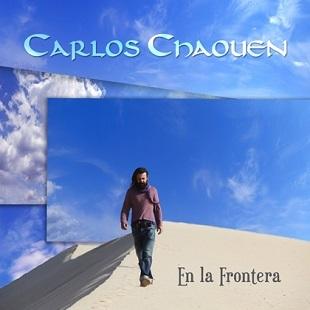 """Portada de """"En la frontera"""", de Carlos Chaouen."""