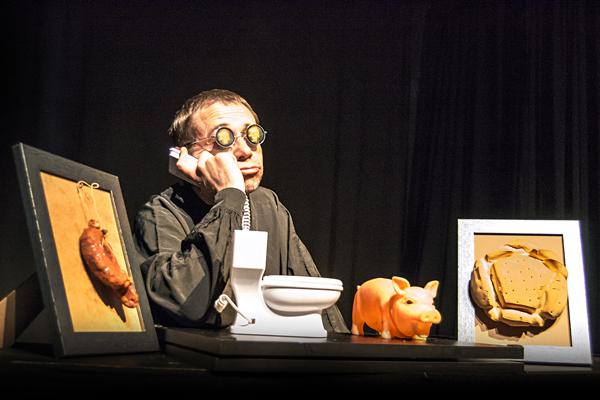 "Escena de la obra ""Del Lazarillo"", de la compañía salmantina La Chana Teatro."