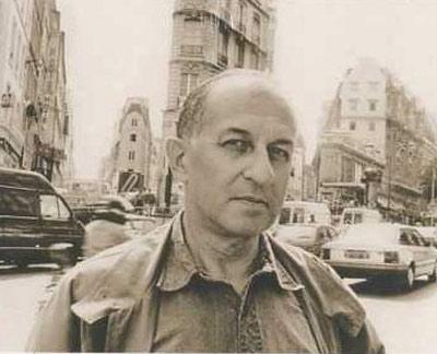 Juan Goytisolo, en una fotografía que sirve de portada a sus obras completas.