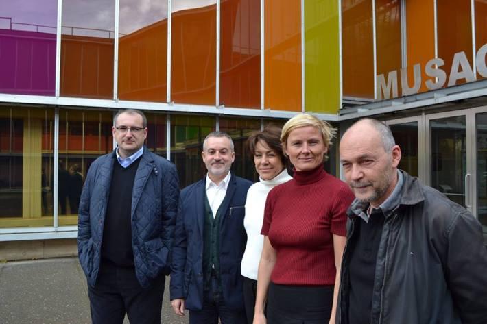 De izquierda a derecha: Bruno Marcos, Manuel Olveira, Helena Tatay, Ellen Blumenstein, Alberto Martín.