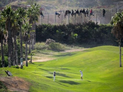 Imagen de la valla de Melilla. © Foto Javier Palazón.