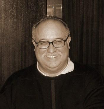 El poeta Luis Javier Moreno.