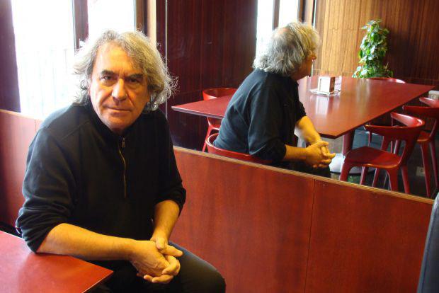 Ángel Marcos, autor del proyecto `La Mar Negra´. © Fotografía: L. Fraile.