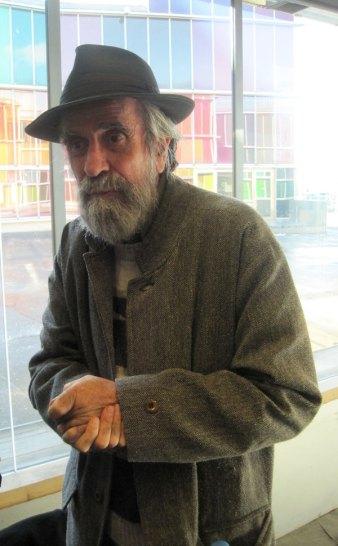 El artista Isidoro Vlcárcel Medina, en el Musac. Fotografía: Eloísa Otero