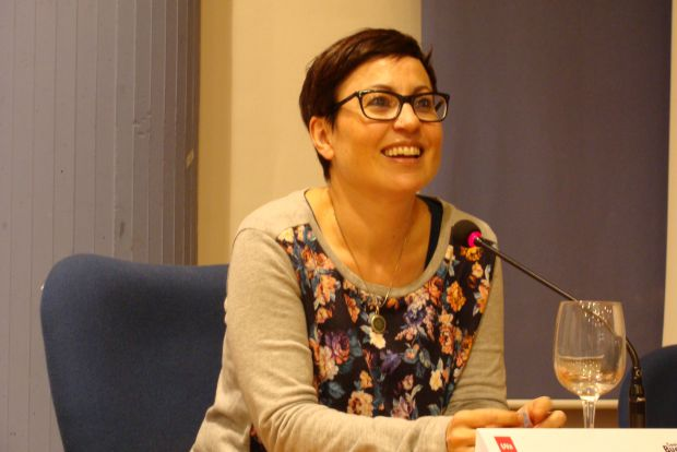 Ana Pérez Cañamares, autora de `Economía de guerra´. © Fotografía: L. Fraile.