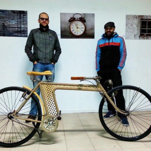 Los dos artistas Richi Velilla y Fernando