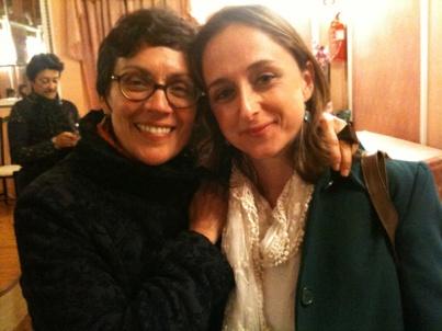 Marifé Santiago Bolaños y Sara Otero.