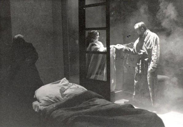 Imagen de la representación de la obra, en 1996, por Teatro Conde Gatón.
