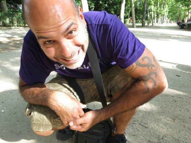 Rodrigo Córdoba, editor de Zoográfico. © Fotografía: Violeta Lucía Córdoba.