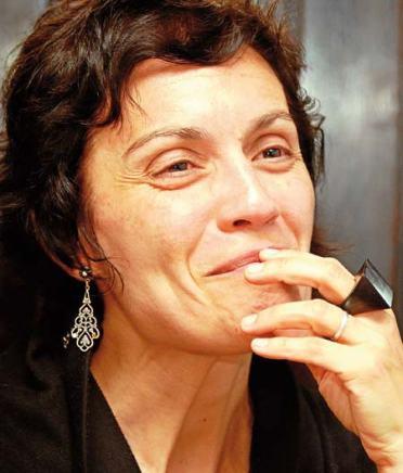 Marifé Santiago Bolaños. © Fotografía: Luis Sinda / El Correo Gallego.