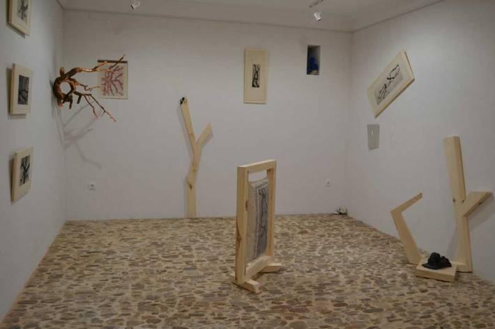 Imagen de una de las salas de la exposición. © Fotografía: lallavedelcamino.es